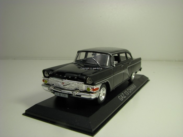 GAZ-13 Čajka 1:43 Atlas Edition